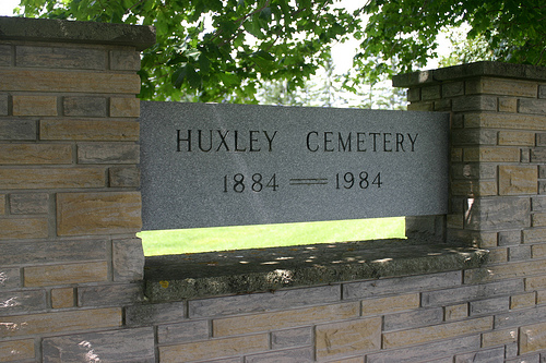 huxley-cemetery