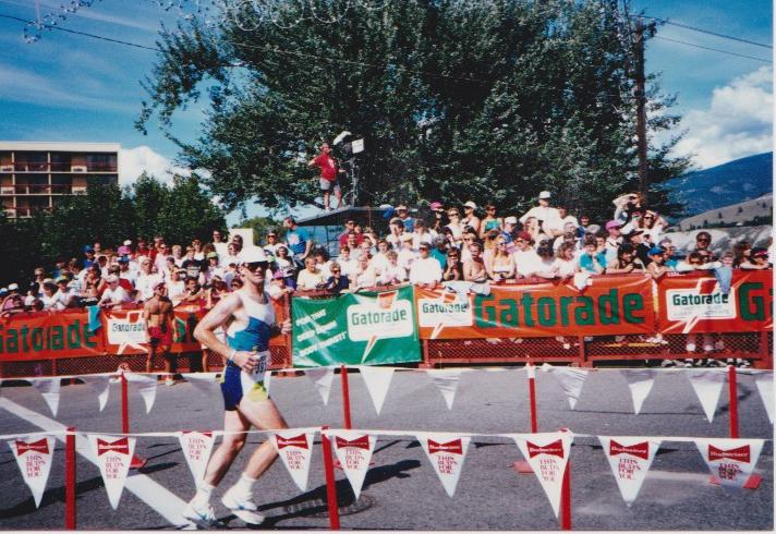 Ironman 1990 Run Larry.jpg