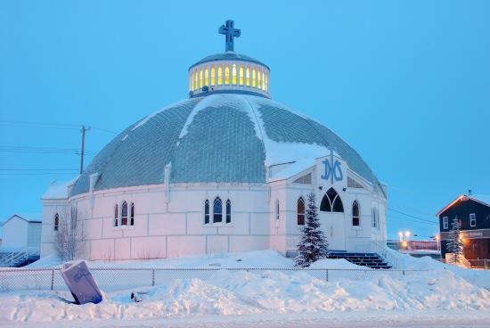 Igloo church.jpg