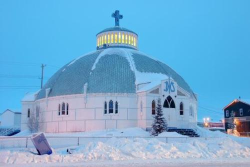 Igloo church.jpg