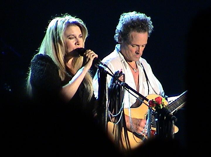 Stevie_Nicks_and_Lindsey_Buckingham.jpg