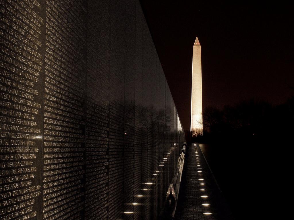 vietnam vet memorial 2.jpg