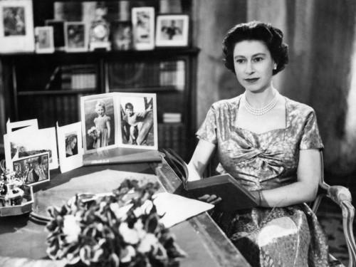 queen 1957.jpg